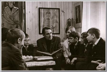 Школьники в мастерской М.И.Малютина 26.11.1971